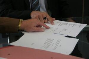 Jak wygląda umowa przejęcia długu.